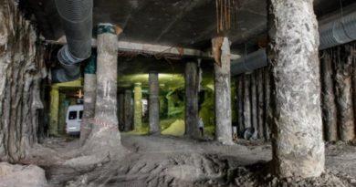 Археологи вимагають побудувати музей на Поштовій площі в Києві
